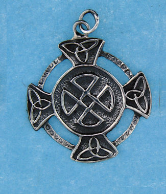 model a767-36 celtic pendant enlarged view