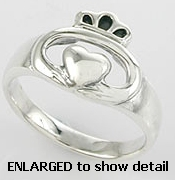 A767-81 sterling silver claddagh ring