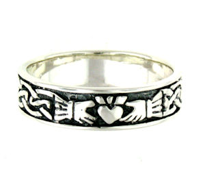 AR767-85 sterling silver claddagh ring
