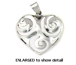 model PAP1058 heart pendant enlarged view